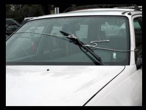broken windshield wiper